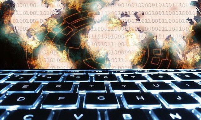 """Phát hiện 2.500 trang web có thể biến máy tính của người truy cập thành """"trâu cày Bitcoin"""""""