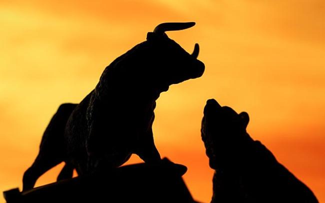 """VnIndex tăng mạnh với thanh khoản """"tụt áp"""", giá trị khớp lệnh trên HoSE không nổi 1.500 tỷ trong phiên sáng"""
