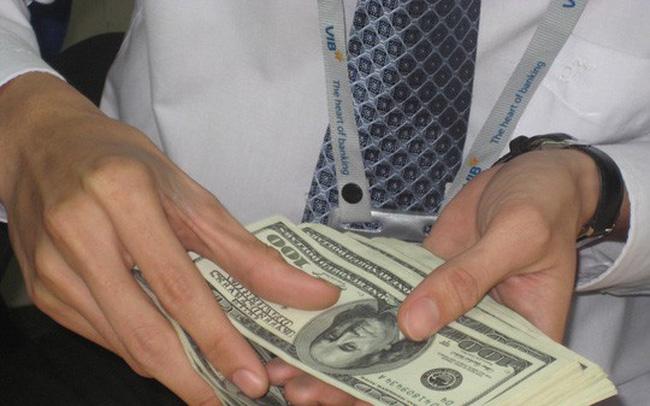 """Giá vốn tiền đồng tăng giúp """"kìm chân"""" tỷ giá"""