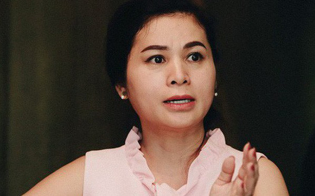 """Bà Lê Hoàng Diệp Thảo lần đầu tiết lộ """"chiến lược tam giác"""", kế hoạch """"phân vai"""", đập tan nghi ngờ """"cà phê đèn mờ"""" trong những ngày đầu cùng chồ"""
