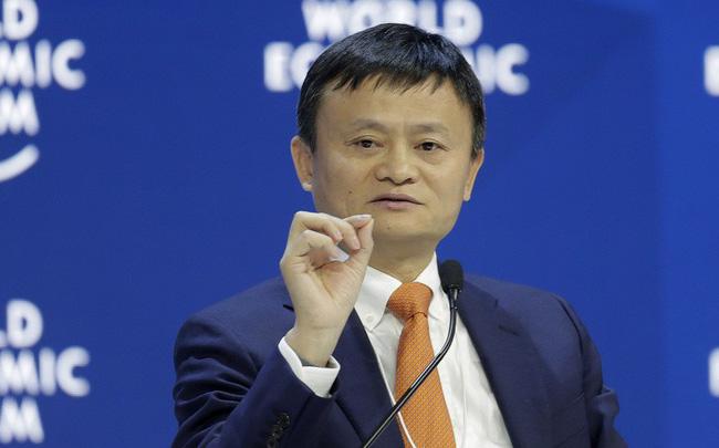 Jack Ma chỉ trích Mỹ phung phí tiền cho chiến tranh thay vì đầu tư vào cơ sở hạ tầng ở nước nhà