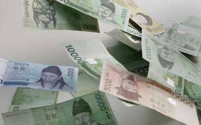 Nhà đầu tư rút tiền, nhiều đồng tiền châu Á sụt giá