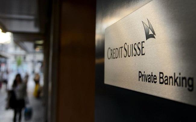 Tình trạng lãi suất âm, giới nhà giàu phải trả phí để gửi tiền ở ngân hàng Thuỵ Sỹ
