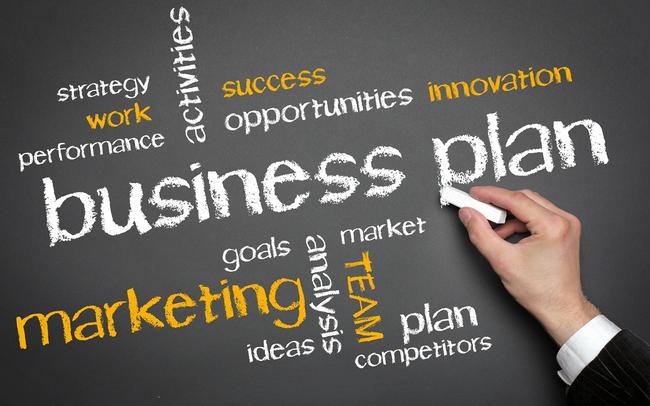 Gần hết năm, nhiều doanh nghiệp vừa điều chỉnh kế hoạch kinh doanh