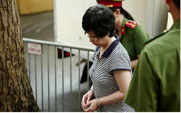 Cựu đại biểu Quốc hội Châu Thị Thu Nga nhận án chung thân