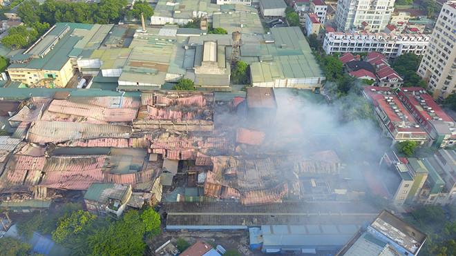 Rạng Đông đã gửi công bố thông tin ước tính thiệt hại do hỏa hoạn đến HOSE
