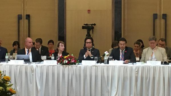 Nhà đầu tư ngoại lo ngại rủi ro với PPP
