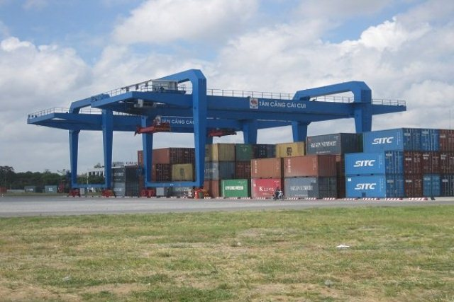 Luồng tàu bồi lắng, phí logistics cao cản trở ĐBSCL xuất khẩu trực tiếp