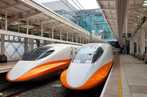 Tàu tốc độ cao Bắc Nam có thể dùng công nghệ giống Nhật Bản