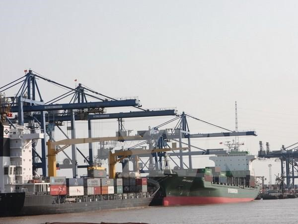 Ngành hải quan yêu cầu kiểm soát chặt việc nhập khẩu tôm càng đỏ