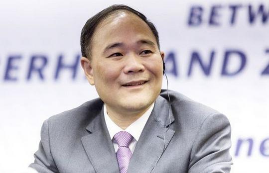 Tỷ phú Trung Quốc chi 9 tỷ USD mua cổ phần công ty mẹ Mercedes-Benz