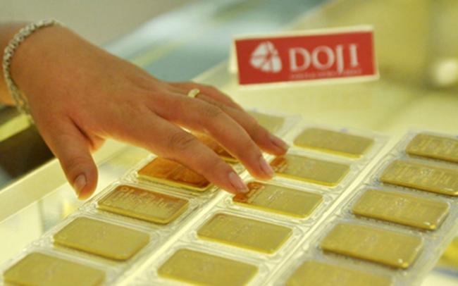 Giá vàng trong nước giảm mạnh ngày thứ 3 liên tiếp