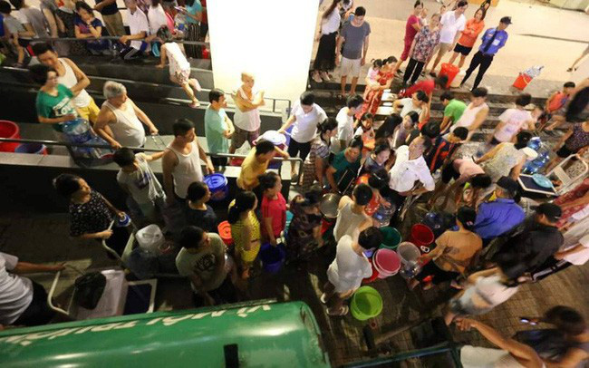 """Tiền nhiều như """"nước Sông Đà"""": Lợi nhuận 9 tháng tăng trưởng 30%, vượt xa kế hoạch năm"""