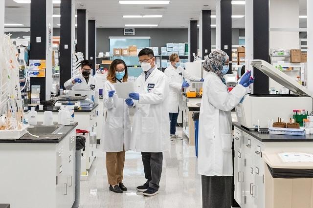 Vingroup nhận chuyển giao độc quyền công nghệ sản xuất vaccine mRNA phòng Covid-19 tại Việt Nam