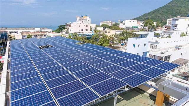 Chậm nhất tháng 1.2021 sẽ có cơ chế mới giá bán điện mặt trời mái nhà