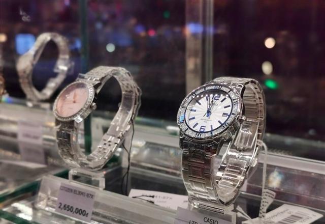 Cuộc đua phân phối đồng hồ của PNJ và Thế Giới Di Động