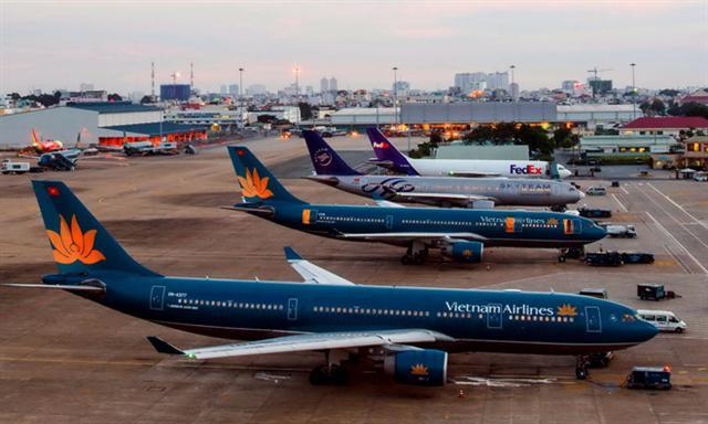 Đề xuất đóng cửa đường băng tại sân bay Tân Sơn Nhất vào ban đêm