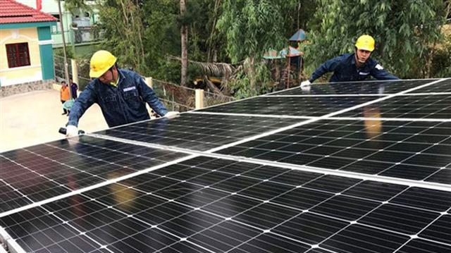 Điện mặt trời trang trại không hưởng giá 8,38 cent như điện mặt trời mái nhà
