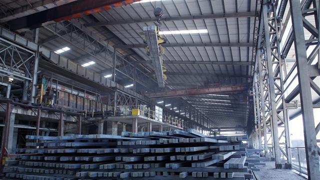 Doanh nghiệp Việt xuất khẩu phôi thép trị giá ngàn tỉ đồng qua Trung Quốc