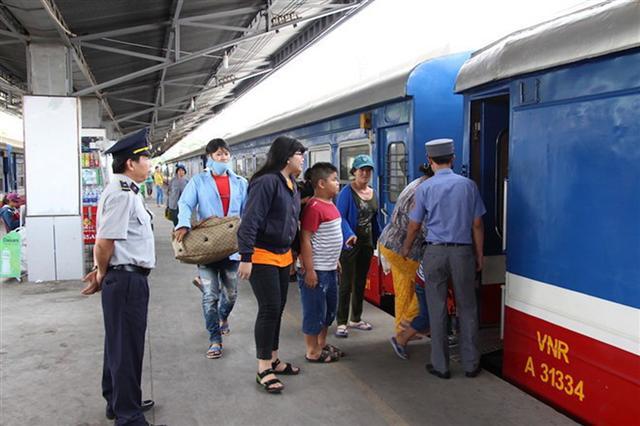 Đường sắt mở bán vé tết từ 1.10, giá giảm từ 10 - 20%
