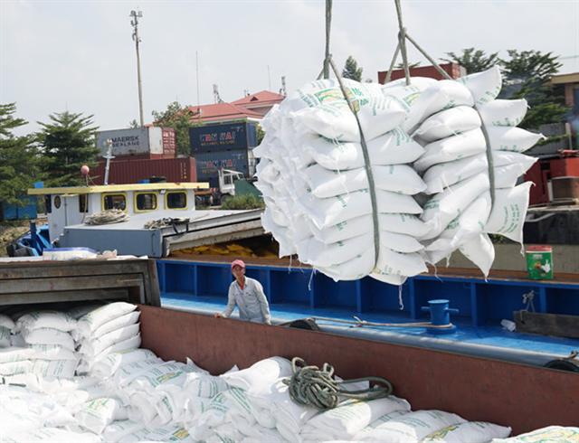 Nông dân hưởng lợi bao nhiêu từ giá xuất khẩu gạo?