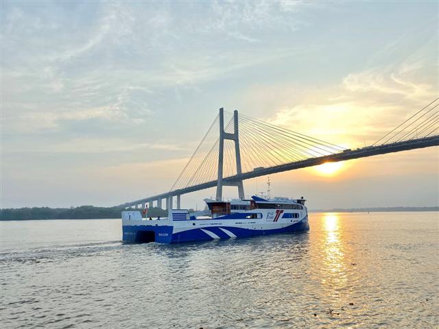 TP.HCM có tuyến phà biển đầu tiên, từ Cần Giờ đi Vũng Tàu chỉ 30 phút