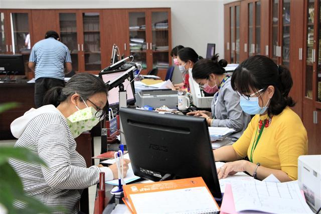 TP.HCM sẽ hỗ trợ người lao động mất việc bởi dịch bệnh