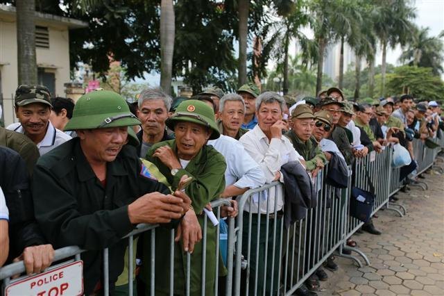 Vé chợ đen trận Việt Nam - UAE 3 triệu đồng một cặp