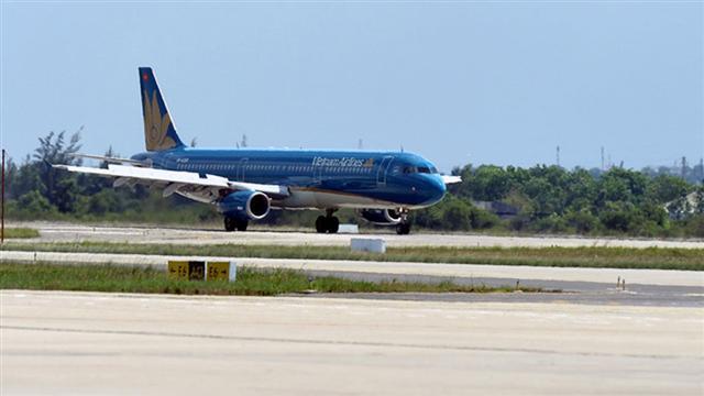 Vietnam Airlines giảm chỉ còn 8 đường bay nội địa