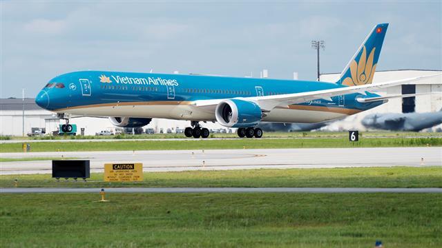 Vietnam Airlines giới hạn số lượng khách trên các chuyến bay đến TP.HCM