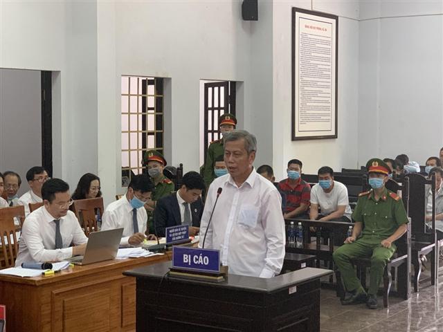 Vụ án xăng giả của Trịnh Sướng: Số tiền thay đổi là do lỗi đánh máy