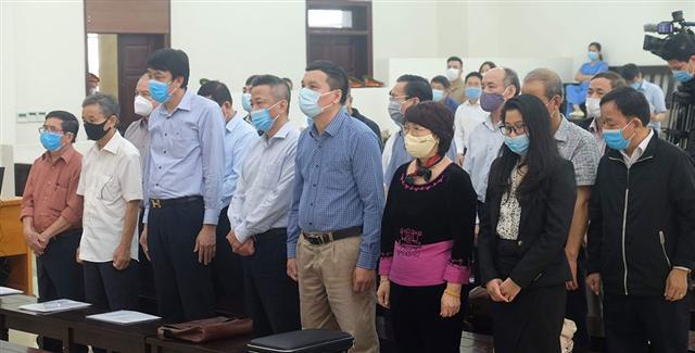 Xét xử đại án Gang thép Thái Nguyên: Luật sư đề nghị đổi tội danh cho một số bị cáo
