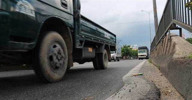 Có nên giữ quỹ bảo trì đường bộ?