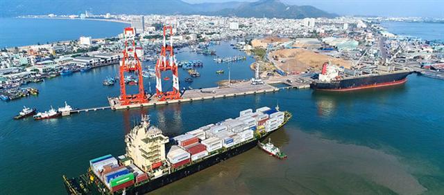 Đề xuất bán vốn Vinamilk, MobiFone... lấy tiền xây cảng nước sâu