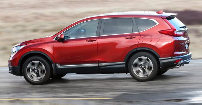 Ô tô SUV 7 chỗ ồ ạt ra mẫu mới: Vỡ mộng giảm giá 2018