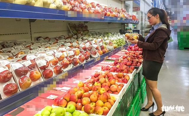 Việt Nam xuất khẩu giùm trái cây cho Thái!