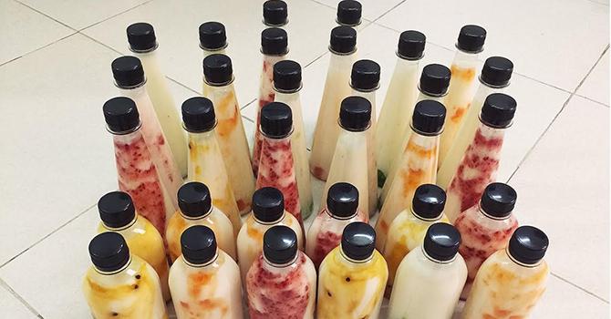 Cơn sốt sữa chua sắc màu: Cô sinh viên thu 100 triệu/tháng