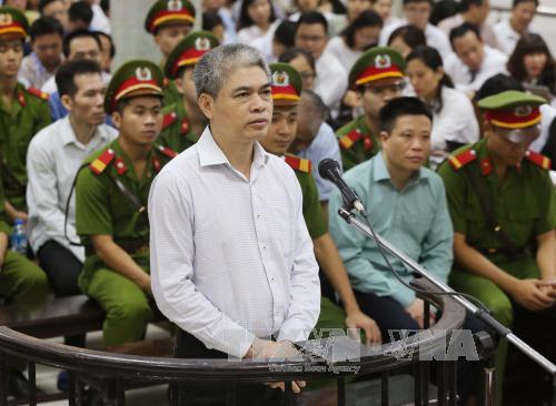 """Xét xử đại án OceanBank sáng 20/9: Nguyễn Xuân Sơn """"kêu cứu"""", mong sử dụng tài sản để khắc phục thiệt hại"""