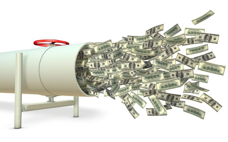 """Tiền đổ vào bluechips đẩy P/E của nhiều cổ phiếu lớn lên mức giá cao """"khác thường"""""""